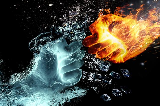 pumn de apa versus pumn de foc
